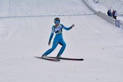 Rasnov, Rumania - 7 de febrero: MALSINER Manuela compite en el FIS Ski Jumping World Cup Ladies el 7 de febrero de 2015 en Rasnov Fotos de archivo