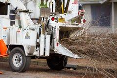 Raspadora de madeira do caminhão de serviço público Imagem de Stock Royalty Free