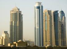 Raspadores del cielo en Dubai fotografía de archivo libre de regalías