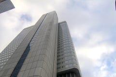 Raspadores do céu em Francoforte imagens de stock
