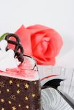 Raspberry souffle cake and rose Royalty Free Stock Photos