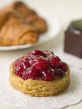 Raspberry tartlet Stock Photography