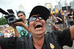 Rassemblement anti-gouvernement de groupe de l'armée populaire à Bangkok Photographie stock libre de droits