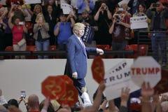 Rassemblement de campagne de Donald Trump de candidat républicain à la présidentielle à l'arène et au casino du sud de point à La Photographie stock libre de droits