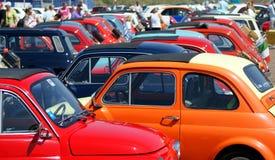 Rassemblement de Fiat 500 Photographie stock libre de droits