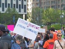 Rassemblement de locataires pour des lois plus fortes de loyer Images libres de droits