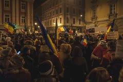 Rassemblement de Roumains dans la plus grande protestation d'anti-corruption Photos libres de droits