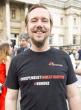 Rassemblement syrien dans Trafalgar Square pour soutenir des médecins sous le feu Photos stock