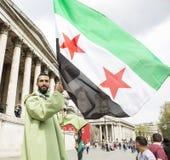 Rassemblement syrien dans Trafalgar Square pour soutenir des médecins sous le feu Photo libre de droits