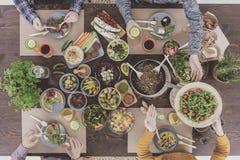 Rassemblement végétarien de dîner Images libres de droits