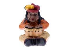 Rastaman Statuette, die Bongo spielt Stockbilder
