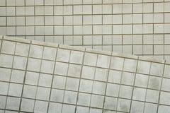 Rasterfeld-Block-Wand 2 Stockfoto