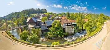 Rastoke田园诗村庄在Korana河的 免版税库存照片