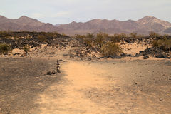Rastro al cráter de Amboy fotos de archivo libres de regalías