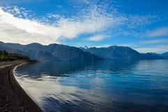 Rastro alrededor de Lago Todos Los Santos, Chile Fotografía de archivo