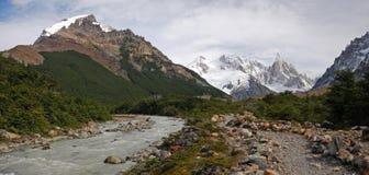 Rastro de Cerro Torre en Patagonia Fotos de archivo