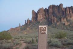 Rastro de la bici de montaña en Arizona fotografía de archivo libre de regalías