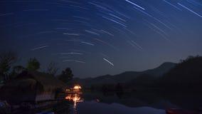 Rastro de la estrella en las montañas metrajes