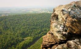 Rastro de la opinión de la roca Fotos de archivo