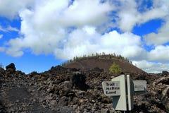 Rastro de la tierra fundida, monumento volcánico nacional de Newberry, Oregon imagen de archivo