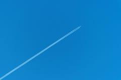 Rastro de los aviones Imagen de archivo libre de regalías