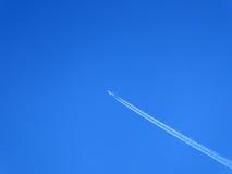 Rastro del aeroplano Imagen de archivo