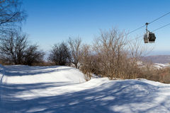 Rastro del esquí en la estación de esquí Imágenes de archivo libres de regalías