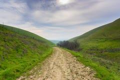 Rastro en el parque regional máximo matoso, San Francisco Bay del este, Livermore, California fotos de archivo
