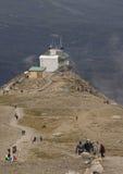 Rastro a la cumbre de la montaña de las marmotas Fotos de archivo