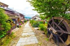 Rastro Magome H de Nakasendo de los turistas que camina japoneses Foto de archivo libre de regalías
