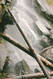 Rastro sereno del lago waterfall Imágenes de archivo libres de regalías