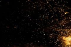 Rastros de chispas del fuego Imagenes de archivo
