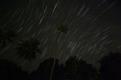 Rastros de la estrella en la isla tropical Fotografía de archivo