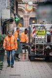 Rastros de la sangre de sweeper van cleaning de los servicios públicos después de Strasbou fotografía de archivo libre de regalías
