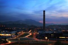 Rastros de las luces a Fiera, Asturias al norte de España fotografía de archivo