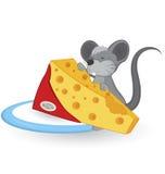 Ratón de la historieta con queso Foto de archivo