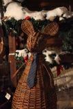 Ratón de madera de mimbre, calle del invierno Imágenes de archivo libres de regalías