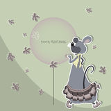 Ratón divertido en una falda con un globo Fotos de archivo