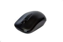 Ratón sin hilos negro del ordenador aislado en blanco Fotografía de archivo