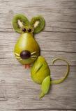 Rat gjorde av päronet och kiwi Royaltyfri Bild
