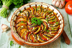 Ratatouille - παραδοσιακό γαλλικό φυτικό πιάτο Provencal που μαγειρεύεται Στοκ Φωτογραφίες