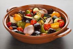 Ratatouille зажарило в духовке среднеземноморские овощи Стоковая Фотография RF
