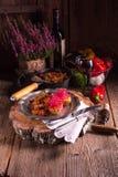 Ratatouille avec les pousses cuites au four de pomme de terre et de betteraves Images libres de droits