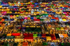 Ratchada-Nachtmarkt in Bangkok Lizenzfreie Stockfotografie