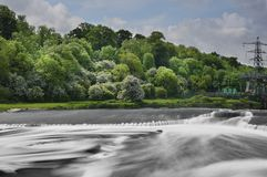 Ratcliffe-On-Soar Weir 2. The stunning weir on the River Trent as it roars past the Radcliffe-on-Soar power station at Red Hill on the Nottinghamshire/ Royalty Free Stock Photography