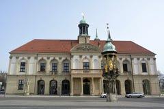 Rathaus budynek na Zmieniam Markt w Magdeburskim Fotografia Stock