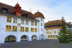 Rathaus choinka w Thun urzędu miasta kwadracie i hotel Fotografia Stock