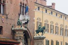 Rathaus, Ferrara Stockfotos