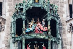 Rathaus-Glockenspiel carillon, paardslag royalty-vrije stock fotografie