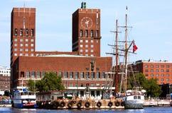 Rathaus in Oslo. Stockbilder